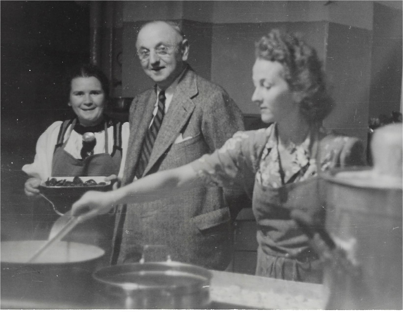 Trudi in the Caux kitchen with Frank Buchman 1946